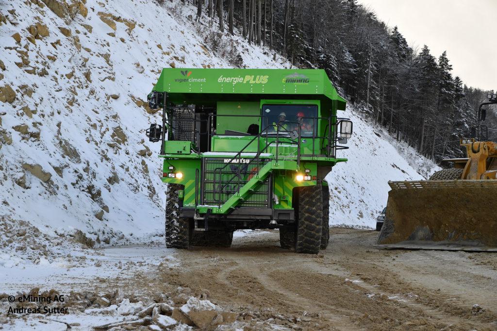 ¿Qué tiene en común este camión de 110 toneladas y la Silence S01? 1