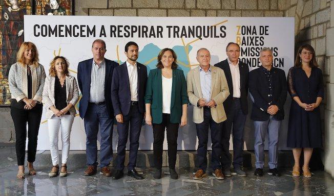 Barcelona cierra el tráfico a los vehículos contaminantes 5