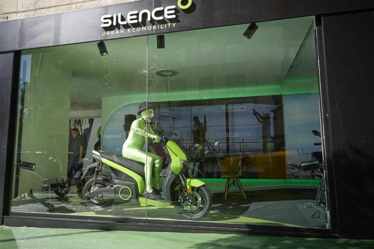 Silence Community 307