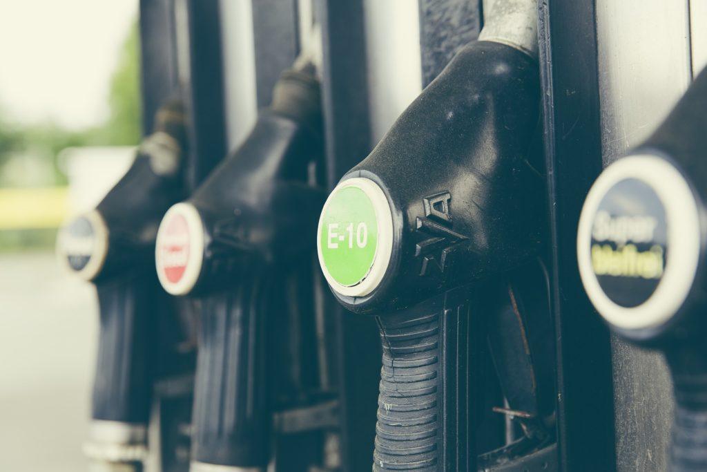 La mayor subida de la gasolina en una década 3