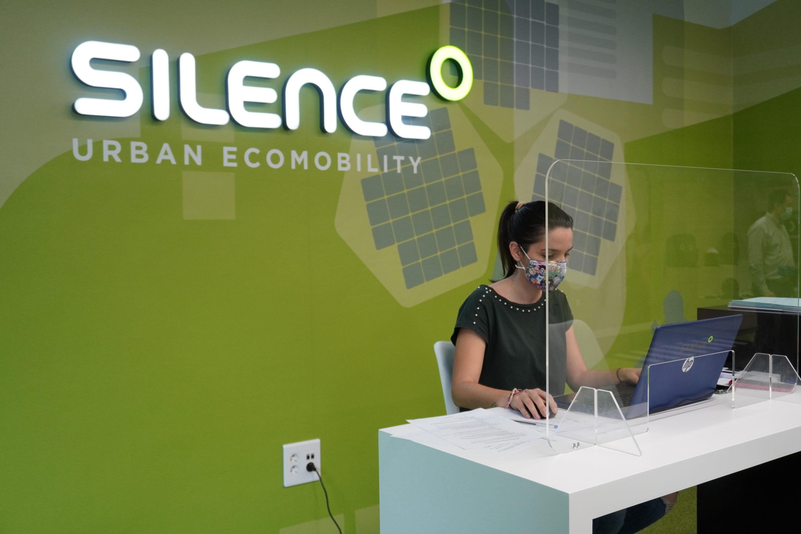 Silence llega a Valencia de la mano de J.R. Valle 2