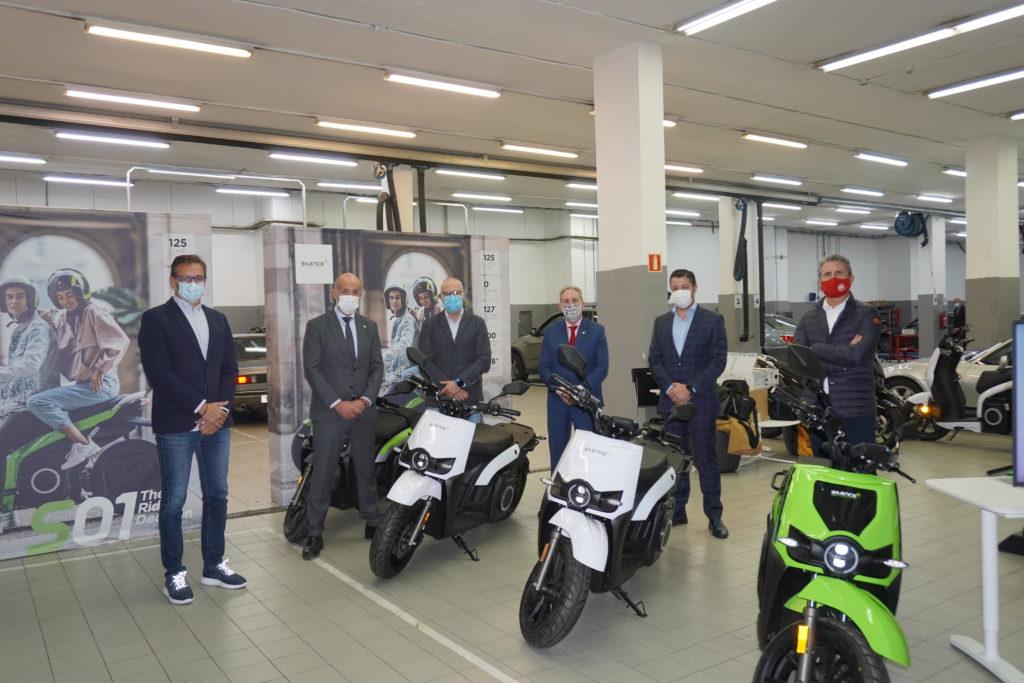 SILENCE inaugura su primer concesionario de motos eléctricas en Euskadi 1