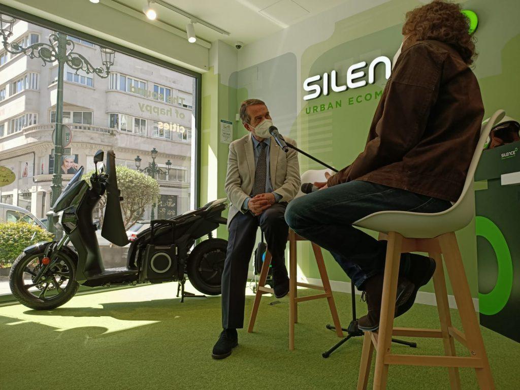 Las motos eléctricas Silence aterrizan en Vigo 1