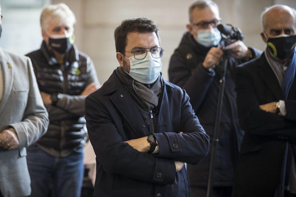 Pere Aragonès visita Silence y se sube a una de sus motos eléctricas 1