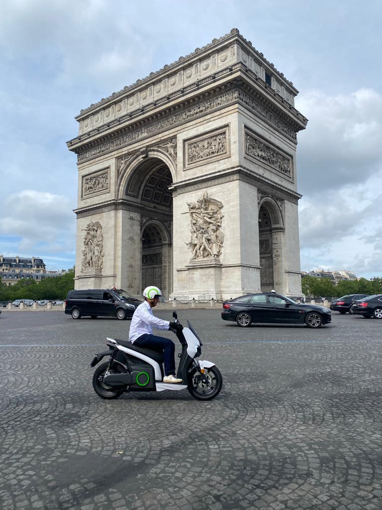 Silence conquista París 3