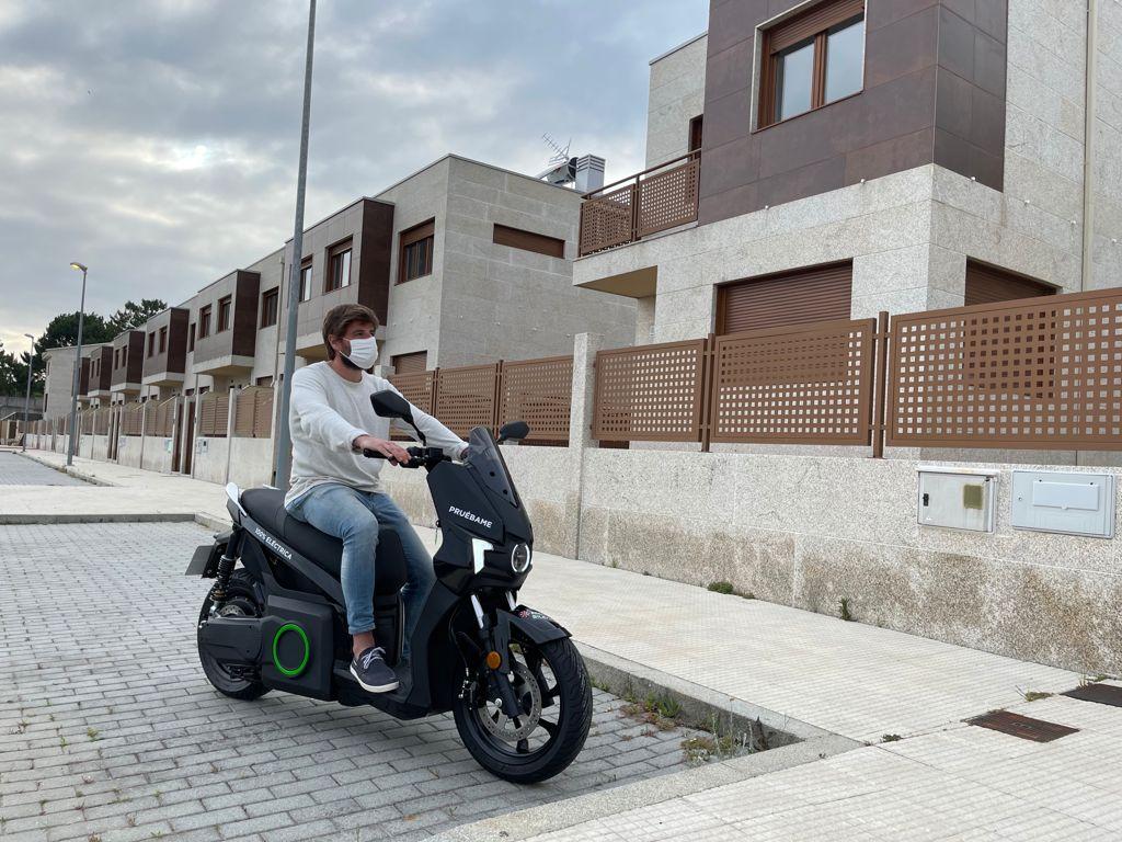 """Silence Vigo regala una moto eléctrica con la compra de un chalet en la urbanización """"La Ermita"""" 6"""